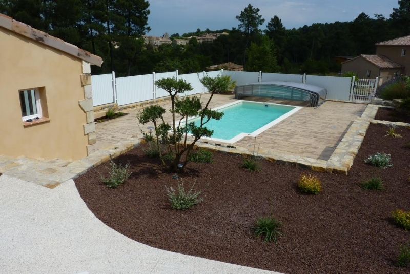 Jv btp pierre de taille sud ardeche for Construction abri piscine